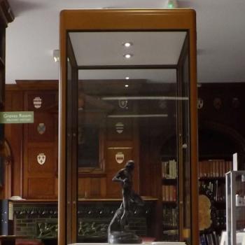 Statue of Gilliatt by Carlier in situ un the Library
