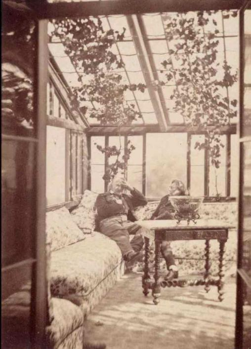 Hennet de Kesler and Victor Hugo dans le jardin d'hiver/in the conservatory,  by Edmond Bacot © Paris Musees