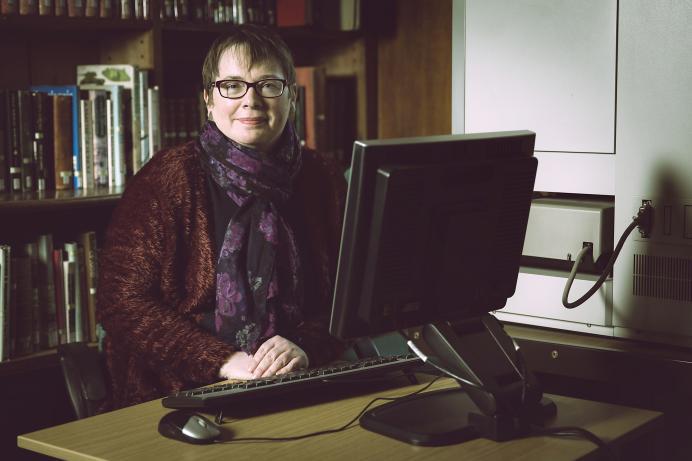 Dinah Bott, Priaulx Library, Guernsey