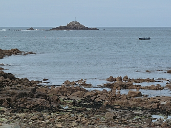 Gros Rocher, Guernsey, from the shore